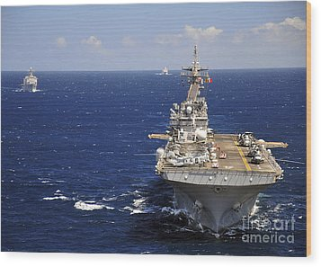 Uss Boxer Leads A Convoy Of Ships Wood Print by Stocktrek Images