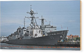 Uss James E. Williams Ddg-95 Wood Print by Christopher Holmes