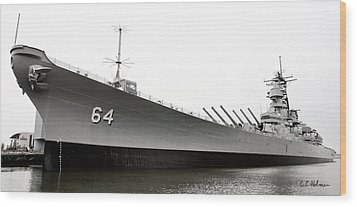 Uss Wisconsin - Port-side Wood Print by Christopher Holmes