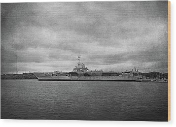 Wood Print featuring the photograph Uss Yorktown by Sandy Keeton