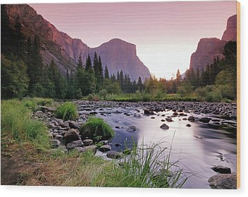 Valley View Sunrise Wood Print
