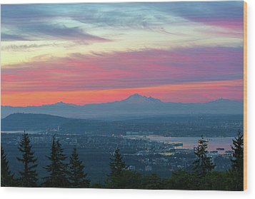 Vancouver Bc Cityscape With Cascade Range Morning View Wood Print by David Gn