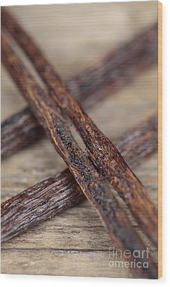 Vanilla Pods Wood Print by Neil Overy