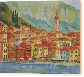 Varenna  Italy Wood Print by Ginger Concepcion