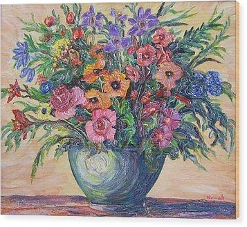 Vase Of Flowers Wood Print by Richard Nowak