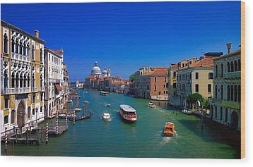 Wood Print featuring the photograph Venetian Highway by Anne Kotan