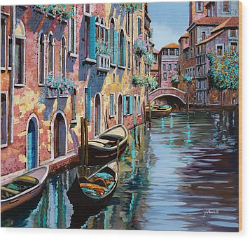 Venezia In Rosa Wood Print by Guido Borelli