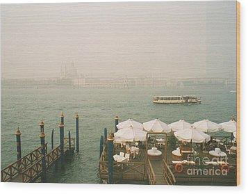 Venise Wood Print by Jan Daniels