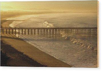 Ventura, Ca Pier At Sunrise Wood Print