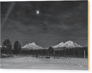 Wood Print featuring the photograph Venus Over Three Sisters by Cat Connor