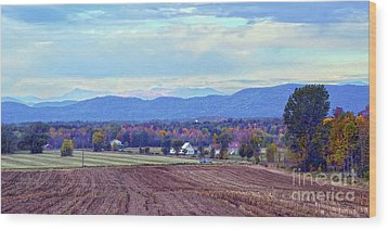Vermont Countryside In Autumn Wood Print by Catherine Sherman