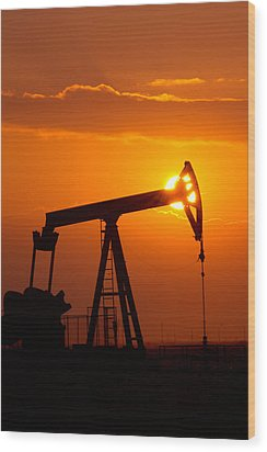 Vertical Oil Rig Sunset Wood Print
