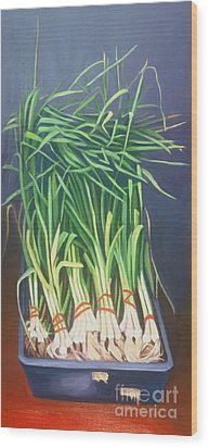 Vertical Scallions Wood Print by Natasha Harsh