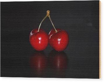 Very Cherry Wood Print by Peter  McIntosh