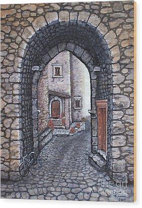 Via In Santo Stefano Wood Print by Judy Kirouac