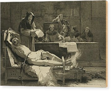Victim Of The Spanish Inquisition Wood Print by Everett