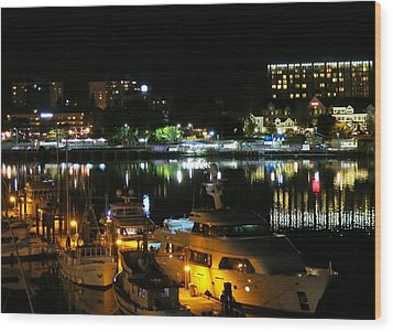 Victoria Inner Harbor At Night Wood Print