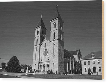 Wood Print featuring the photograph Victoria, Kansas - Cathedral Of The Plains 6 Bw by Frank Romeo