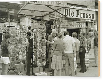 Viennese Newspaper Stand Wood Print