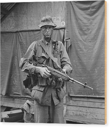 Vietnam War. Us Marine Sergeant Wood Print by Everett