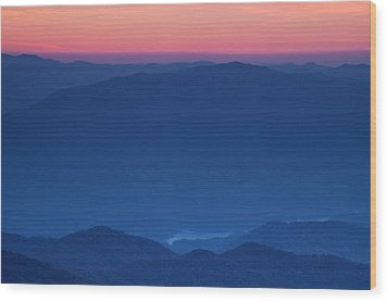 View Towards Fontana Lake At Sunset Wood Print by Andrew Soundarajan