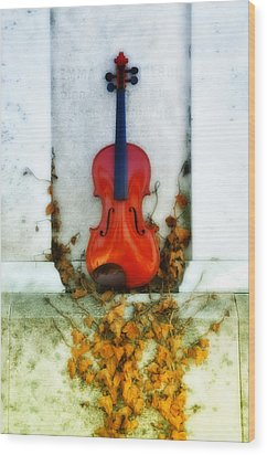 Vines And Violin Wood Print by Bill Cannon