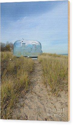Vintage Camping Trailer Near The Sea Wood Print by Jill Battaglia