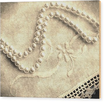 Vintage Lace And Pearls Wood Print by Barbara Griffin
