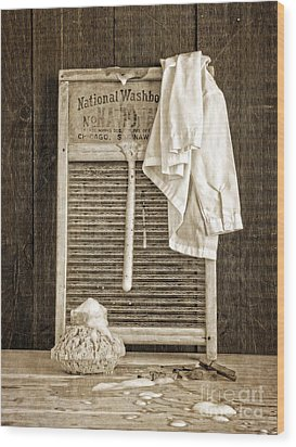 Vintage Laundry Room Wood Print by Edward Fielding