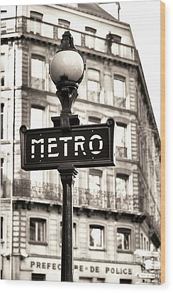 Vintage Paris Metro Wood Print by John Rizzuto