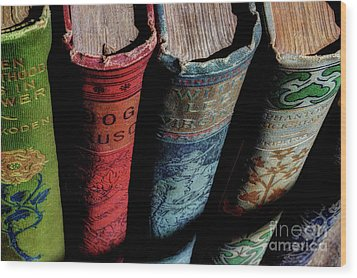 Vintage Read Wood Print by Michael Eingle