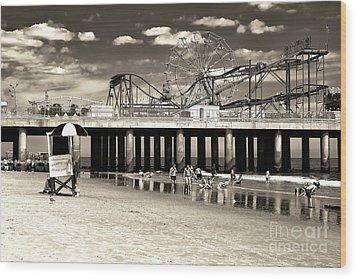 Vintage Steel Pier Wood Print