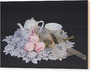 Vintage Tea Set Wood Print by Trudy Wilkerson