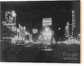 Vintage Times Square At Night Black And White Wood Print by John Stephens