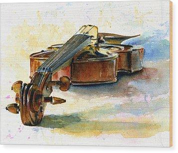 Violin 2 Wood Print by John D Benson