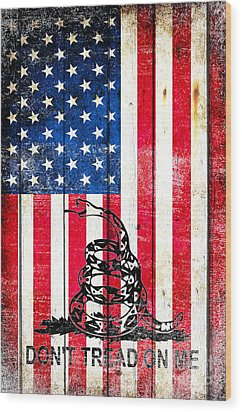 Viper On American Flag On Old Wood Planks Vertical Wood Print