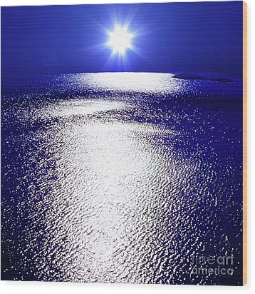 Wood Print featuring the photograph Virtual Sea by Tatsuya Atarashi