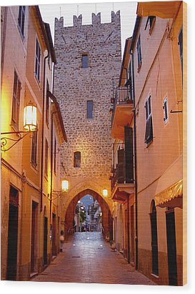 Wood Print featuring the photograph Visions Of Italy Archway by Nancy Bradley