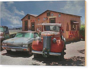 Wood Print featuring the photograph Vista Motel by Lori Deiter
