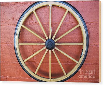 Wagon Wheel Wood Print by John S