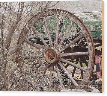 Wagon Wheel Wood Print by Robert Frederick