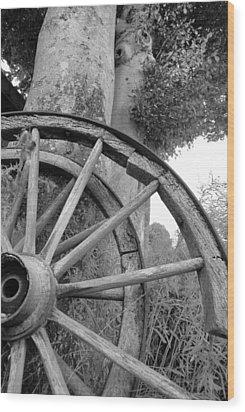 Wagon Wheels Wood Print by Robert Lacy