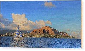 Waikiki Cruising Wood Print