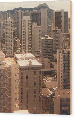 Waikiki Hotels And Diamond Head Wood Print