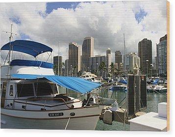 Waikiki Port Wood Print by Andrei Fried