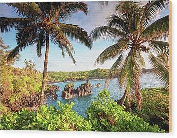 Wainapanapa, Maui, Hawaii Wood Print by M.M. Sweet