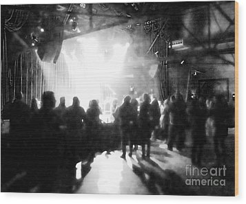 Wood Print featuring the photograph Waiting For A Show by Utopia Concepts