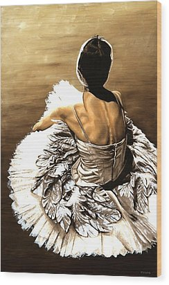 Waiting In The Wings Wood Print by Richard Young