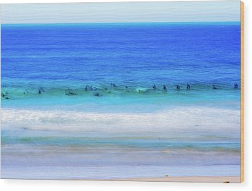 Waiting On A Wave Wood Print by Joseph S Giacalone