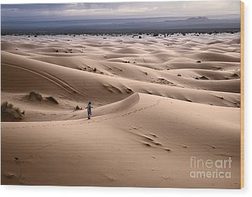 Wood Print featuring the photograph Walking The Desert by Yuri Santin